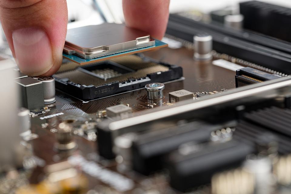 Процесс ремонта компьютеров: замена процессора. Или Апгрейд компьютера